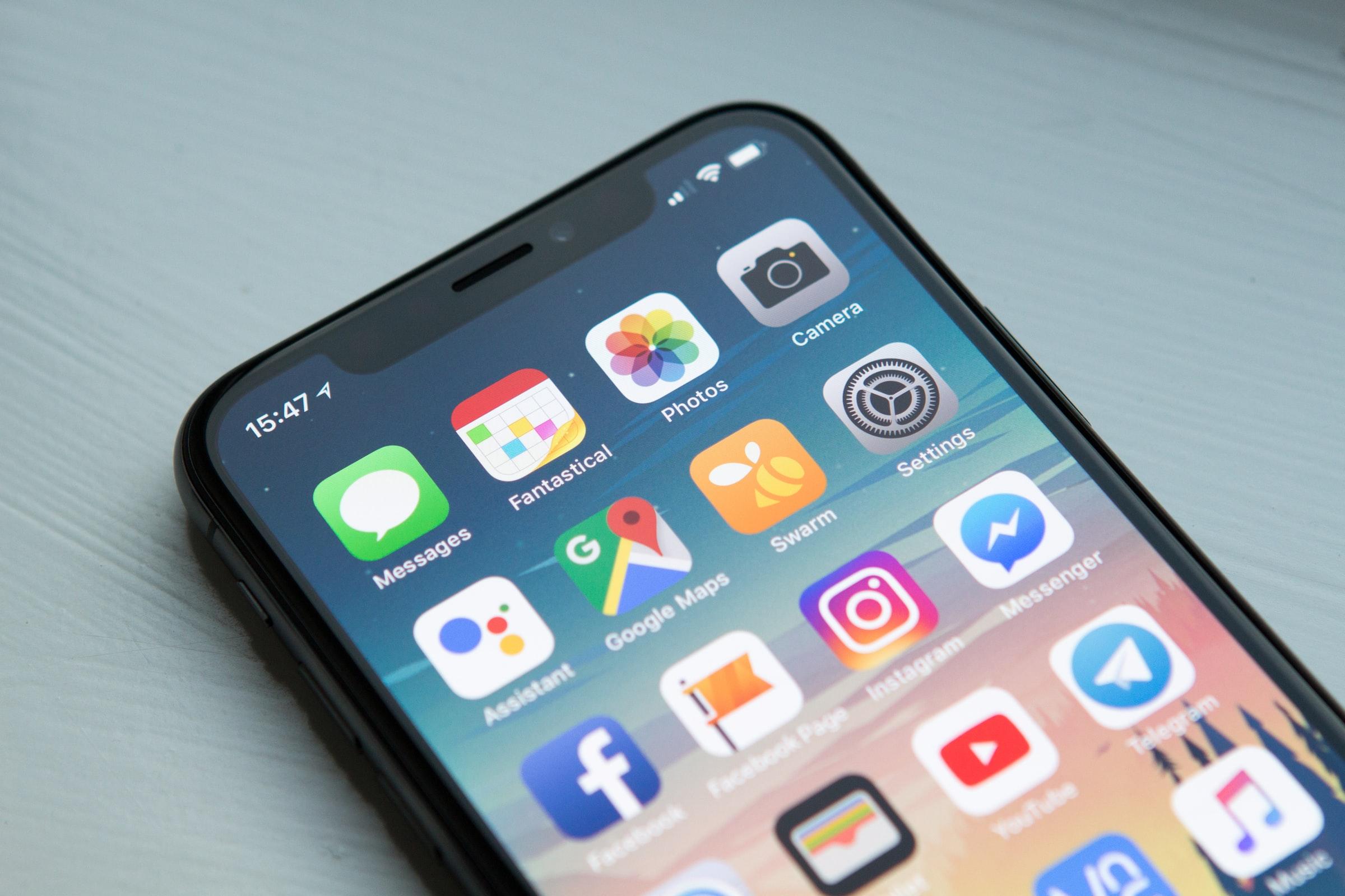 Bild eines Smartphone-Bildschirms mit Apps